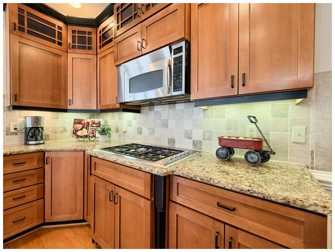 Gas Cooktop and SS Appliances