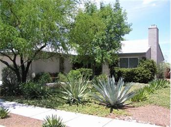 Primary listing photos for listing ID 417101