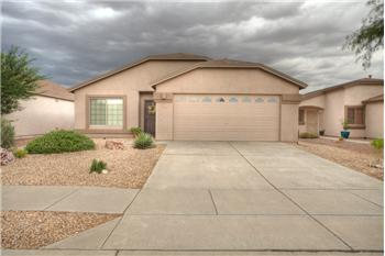 Primary listing photos for listing ID 417102