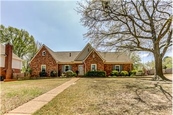 761 Meadow Vale Drive, Collierville, TN