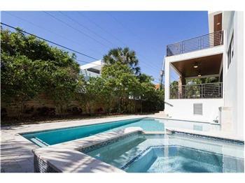 762 Ferwood Rd, Key Biscayne, FL