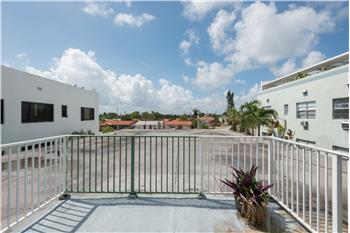 9056 Collins Ave #28, Surfside, FL