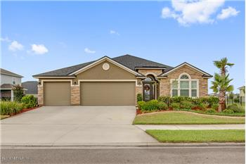 Amazing Oceanway Home • 4-Beds 2.5-Baths 2599-SqFt, Jacksonville, FL