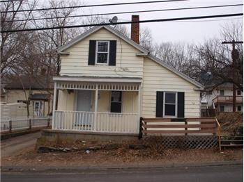52 Walnut St., Putnam, CT