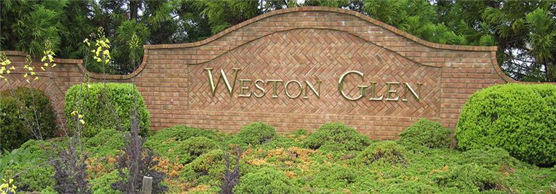 Weston Glen entrance