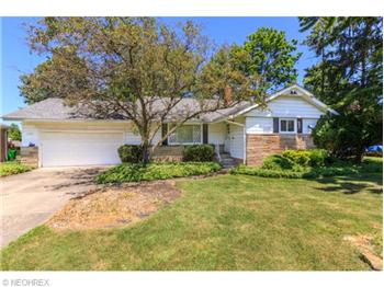 5477 Kenbridge Drive, Highland Heights, OH