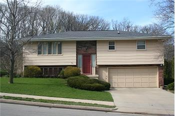 SOLD!     2791 Balboa Dr, Dubuque, IA