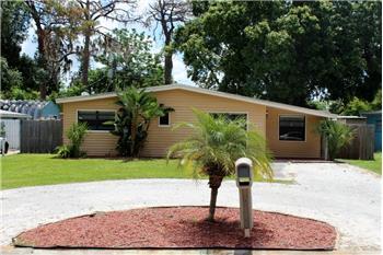 321 W. Cornelius Cir, Sarasota, FL