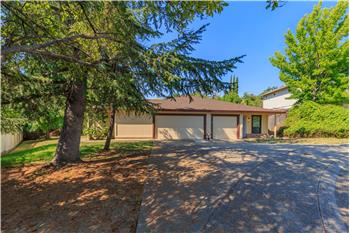 8330-8328 Crossoak Way, Orangevale, CA