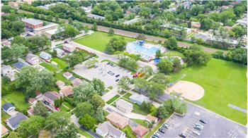 villa park rental backpage