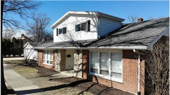 677 W Albert Street, Elmhurst, IL