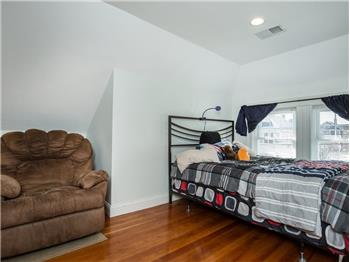 hyde park rental backpage
