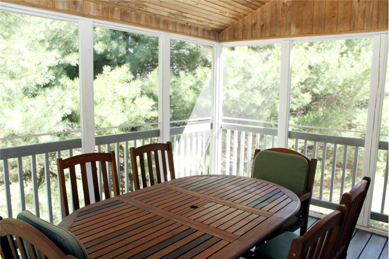 28 Stop River Road Norfolk, MA 02056 Screened Porch