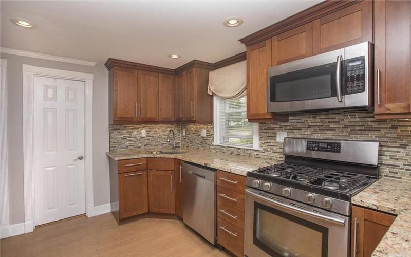 120 Center Street Easton MA 02356 Kitchen