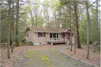 118 Franklin Drive, Lords Valley, PA