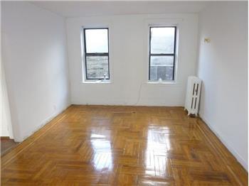 1335 Riverside Drive 5M, Washington Heights, NY