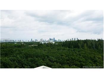14951 ROYAL OAKS LN, North Miami, FL