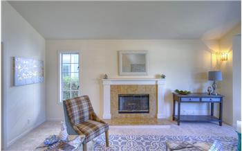 half moon bay rental backpage