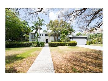 4230 N Bay Rd, Miami, FL
