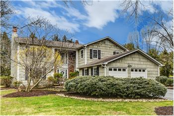 2 Coventry Circle, West Windsor, NJ