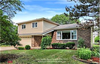 2200 Midhurst Rd, Downers Grove, IL