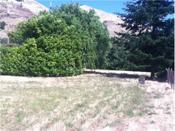 lyle rental backpage