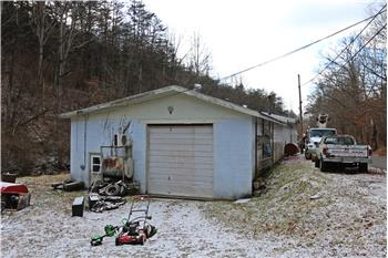 4763 Prices Creek Rd, Huntington, WV