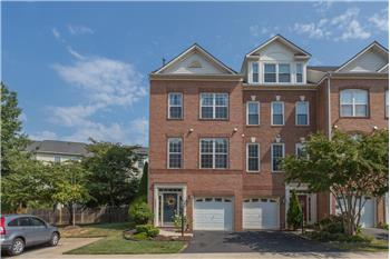 Primary listing photos for listing ID 449912