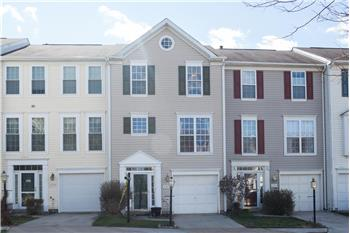 Primary listing photos for listing ID 465935