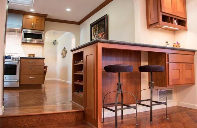 Built in desk - breakfast area