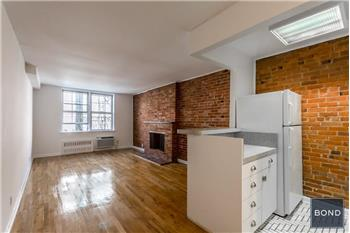 530 East 89th Street #J1, New York, NY