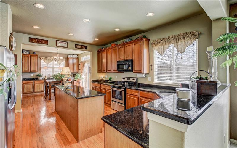 7127 Quiet Pond Kitchen
