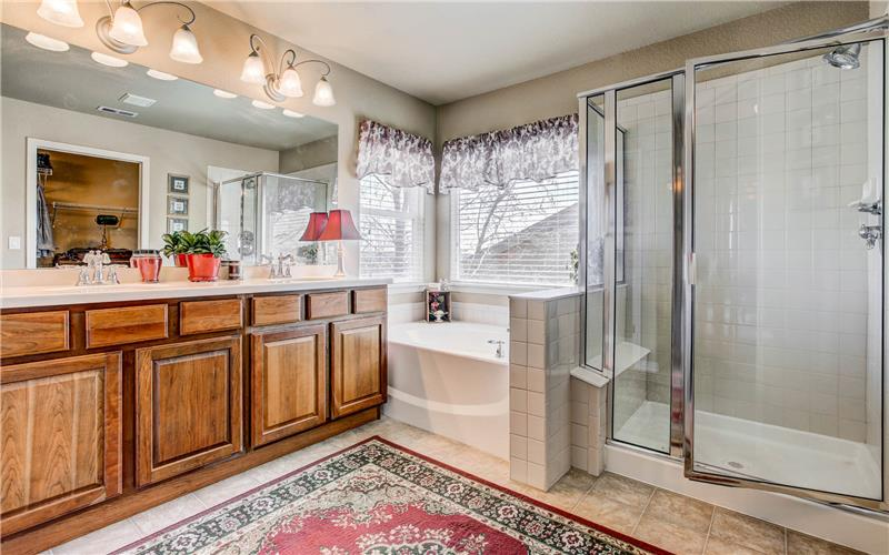 7127 Quiet Pond Master Bath