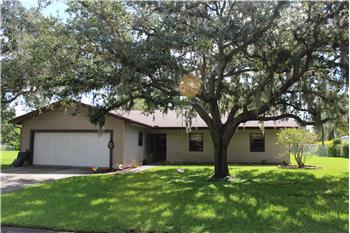 5206 Woodlawn Cir W, Palmetto, FL