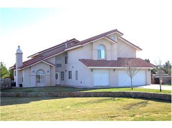 108 Rancho Del Rio Dr., Santa Teresa, NM