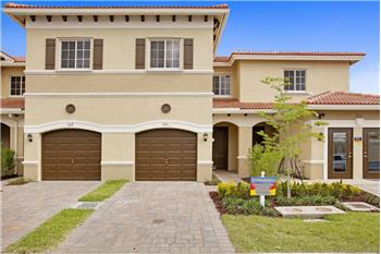 318 NE 47th Place, Deerfield Beach, FL