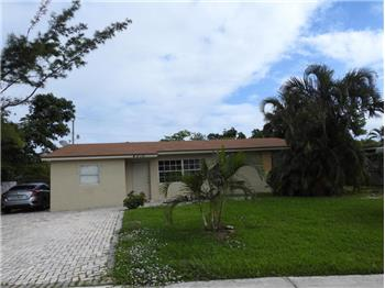 4310 NE 8th Avenue, Deerfield Beach, FL