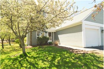 106 Stone Ridge Drive Unit 106, Franklin, MA