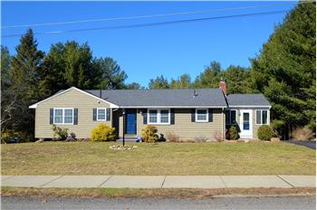 216 Crossfield Road, Franklin, MA