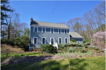 58 Lorraine Metcalf Road, Franklin, MA