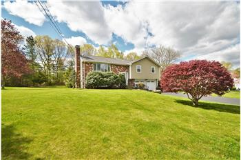 415 Martello Road, Franklin, MA