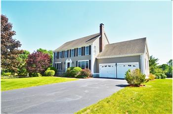 18 Red Gate Lane, Franklin, MA