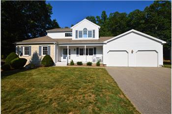 11 Pear Tree Lane, Franklin, MA