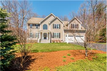 3 Bell Circle, Franklin, MA