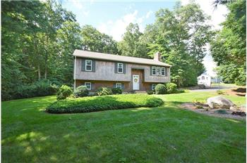 11 Longhill Road, Franklin, MA
