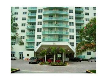 19390 Collins Avenue, Sunny Isles Beach, FL