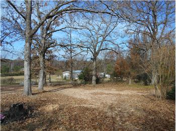 300 Bayberry Rd., Broken Bow, OK