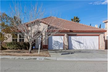 3619 Fairgreen Lane, Palmdale, CA
