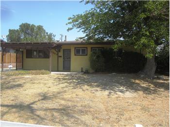 1363 Elizabeth Lake Road, Palmdale, CA