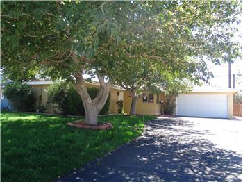 1102 W Avenue J8, Lancaster, CA